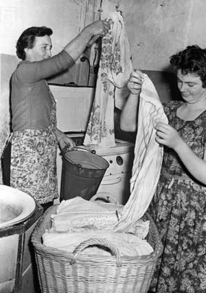 archival laundry photo